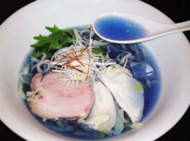 Japanese shocking blue ramen